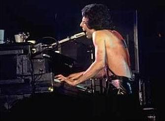 Freddie Mercury And The Piano | Bohemian Rhapsody Anxiety