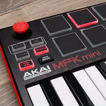 Akai Professional MPK Mini Review 2019 | Tons of Impressive